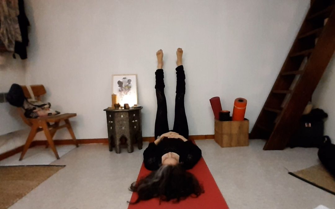 10 min de yin yoga en débauchant